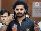Sreesanth bangs his head and get hospitalised! Deets inside
