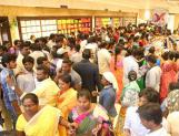 Sarees on sale for Rs 10 only, witnesses Stampede-like situation, several injured
