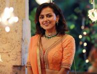 Jersey movie actress Shraddha Srinath looks beautiful and elegant in her latest photos