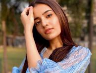 Bhangra Paa Le fame Rukshar Dhillon looks beautiful in her latest photoshoot pictures