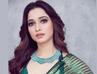 Milky beauty Tamannaah looking gorgeous in traditional outfit
