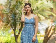 Beautiful photoshoot pictures of Mehrene Kaur Pirzada