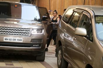 Alia Bhatt Spotted At Arts in Motion Pics