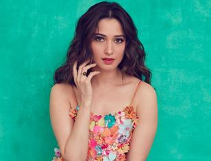 Milky beauty Tamannaah looking beautiful in floral dress