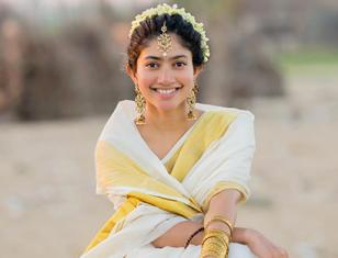 Natural beauty Sai Pallavi's new pictures in a traditional attire are nothing less than winsome