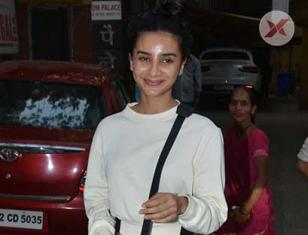 Patralekha Spotted At Bandra - Photos