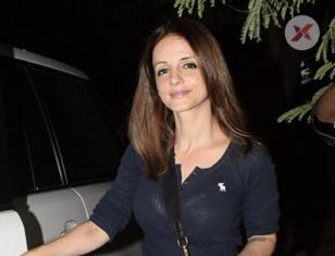Sussanne Khan Spotted At Kromakay Salon In Juhu - Photos