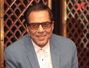Actor Dharmendra is showered with love and affection from fans after he said he is feeling sad.