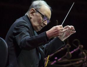 AR Rahman, Farhan Akhtar and Randeep Hooda among others pay tribute to Italian composer Ennio Morricone