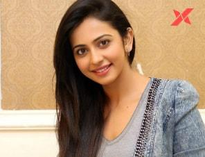 Rakul Preet Singh is back in Hyderabad and has reunited with her brother Aman Preet Singh!