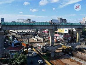 Contractor threatens to halt work on Kochi's Vyttila flyover