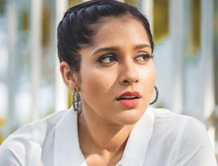 Small screen star Rashmi Gautam Instagram looks stunning in her Photos