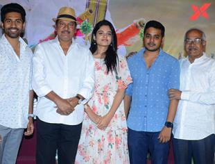 Tholubommalata movie press meet stills