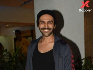 Kartik Aaryan spotted at Gym in Juhu - Photos
