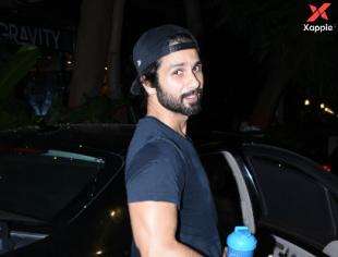 Shahid Kapoor spotted at gym in Bandra - Photos