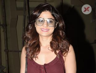 Shamita Shetty spotted at Kromakay Juhu - photos
