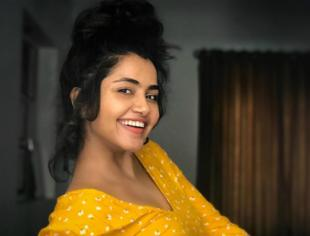 Pretty Girl Anupama Parameswaran looks drop dead gorgeous in her latest photos