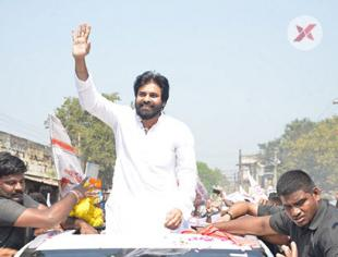 Janasena Chief Pawan Kalyan Penugonda Tour Photos