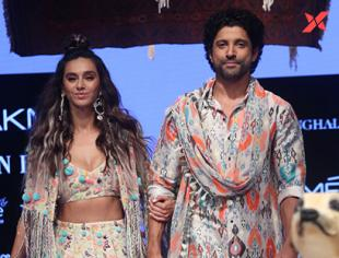 Farhan Akhtar & Shibani Dandekar at Lakme Fashion Week 2019