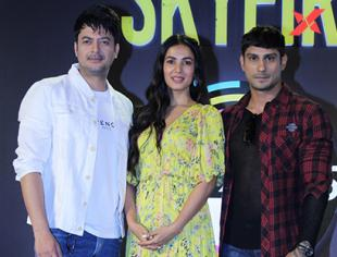 Prateik Babbar, Sonal Chauhan and Celebs at Press Conference Of ZEE5 Original Skyfire