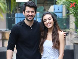 Pal Pal Dil Ke Paas Movie Promotion Photos - Karan Deol, Mannu Sandhu