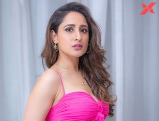 Actress Pragya Jaiswal Latest Stills
