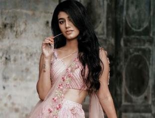 Priya Prakash Varrier Looks Ethereal in her latest pics