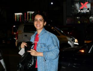 Sanya Malhotra Spotted at Bandra - Photos