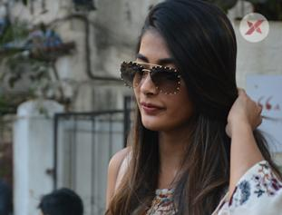 Pooja Hegde spotted at sequel Bandra - photos