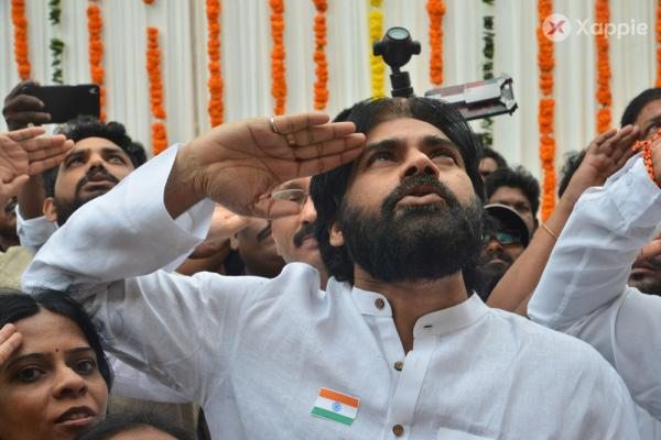 Janasena Party Chief Pawan Kalyan hoisting the Flag on the occassion of Independece day