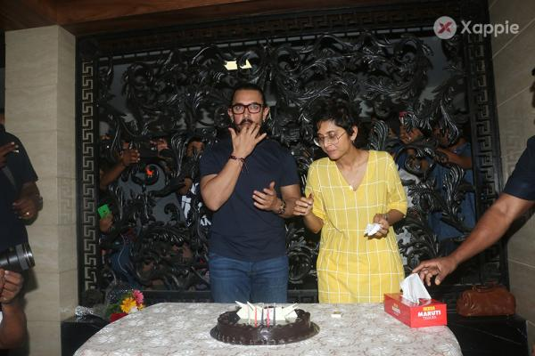 Aamir Khan cuts cake as he celebrates his 53rd birthday with wife Kiran