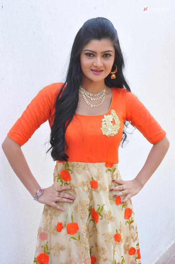 Akshitha Photos From Prasnistha Movie Launch