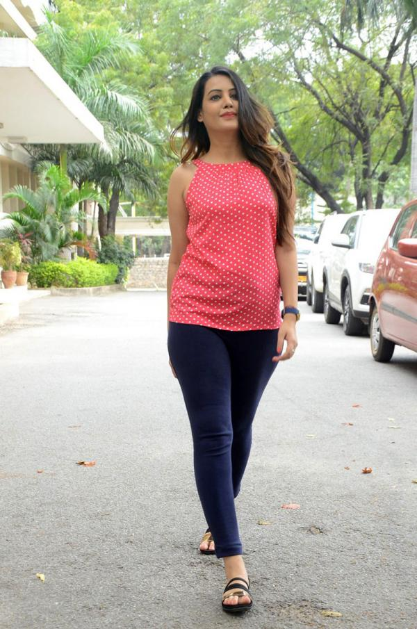 Deeksha Pant at EGO Movie Pressmeet