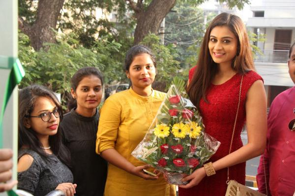 Bollywood Actress Neha Hinge Launches Natural Salon and Ayurvedic Spa at Vizag