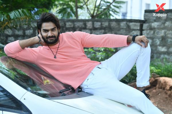 Karthikeya Interview Stills about Hippi Movie