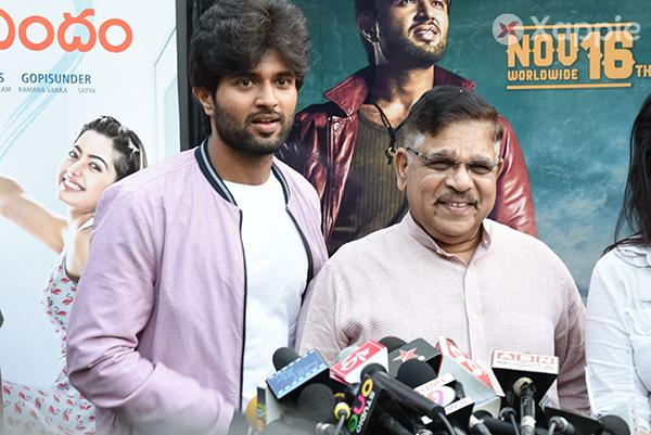 Taxiwaala Celebration Photos