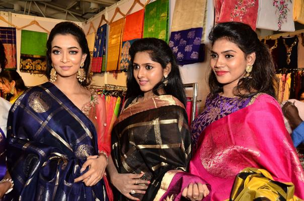 Raxshmi Thakur And Charishma Launches Trendz​ ​Vivah​ ​Expo Photos