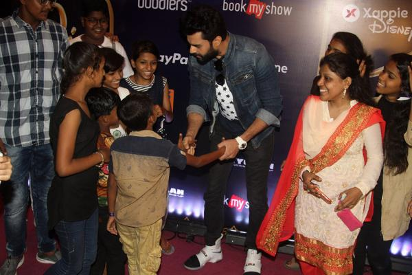 Manish Paul attends Disney play Aladdin special show for 950 NGO Beneficiaries in Mumbai