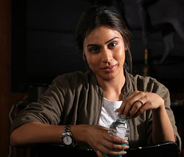 Scorching Beauty Myra Sareen to play the Lady Lead in #NAGRGV4 !!