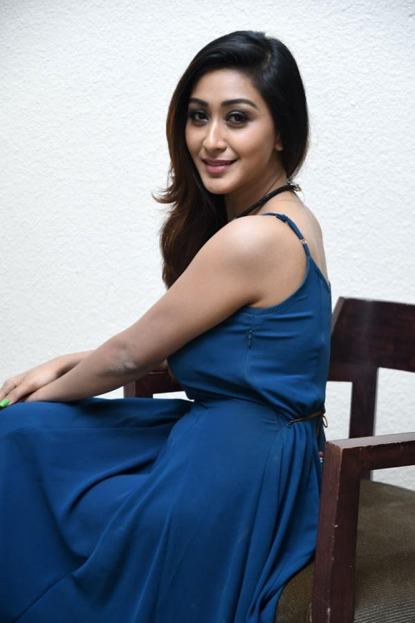 Shravya Rao at Vanavillu Audio Launch