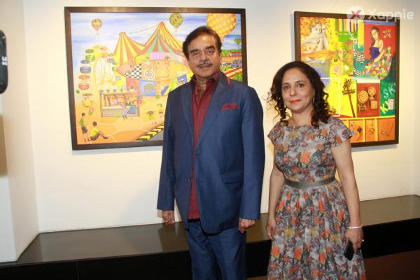 Shatrughan Sinha  Inaugurates The Art Exhibition Of Sangeeta Babani At Jehangir Art Gallery