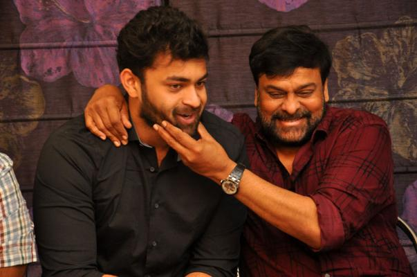 Megastar Chiranjeevi Felicitates Tholiprema Movie Team at His Home