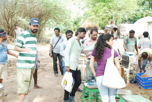 Yazh Movie Working Stills