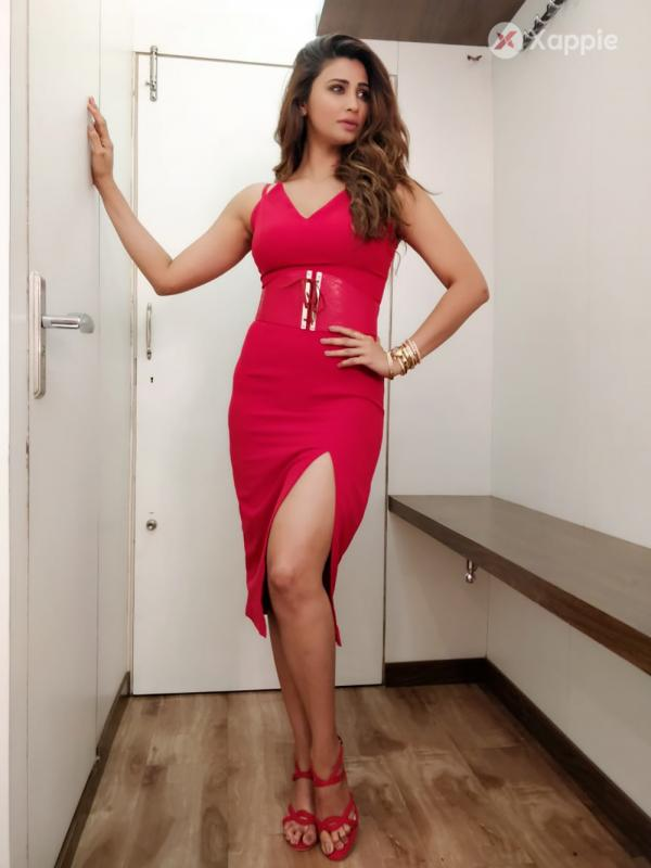 Daisy Shah promotes Race 3 on Dus Ka Dam