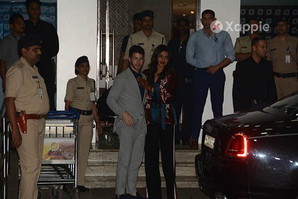 Priyanka Chopra and Nick Jonas snapped on arrival at Mumbai Airport