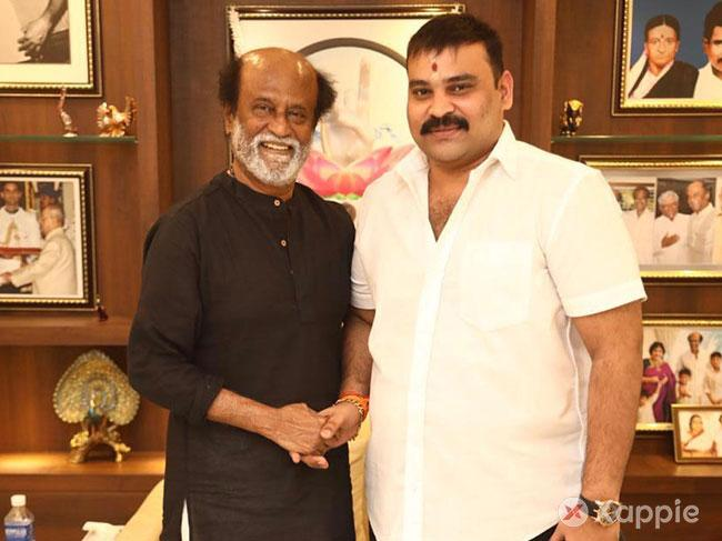 Rajinikanth wowed by Boomerang songs and trailers