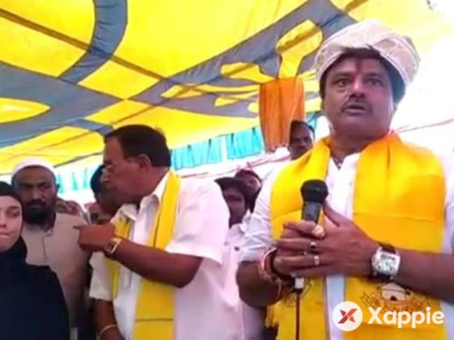 Balakrishna's convoy attacked by the mob of angry women