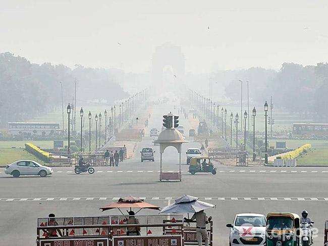 Air quality in Delhi fluctuating between 'very poor' and 'severe' categories