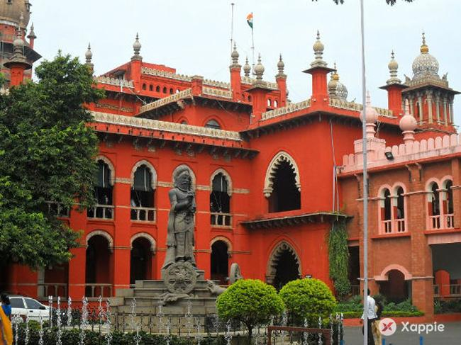 High Court holds IAS officer guilty of contempt, orders imprisonment