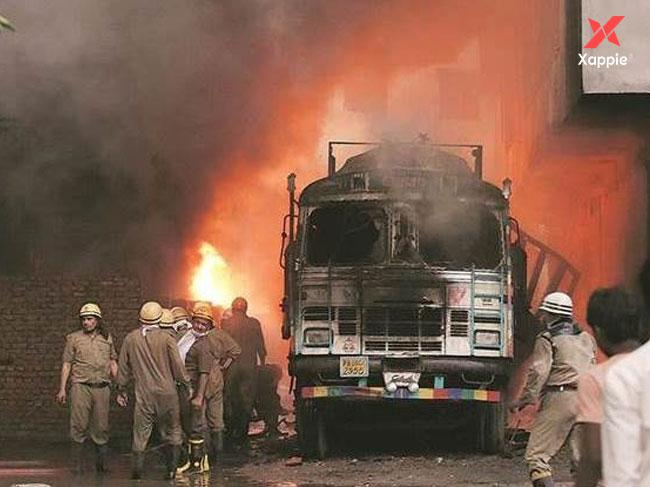 Fire at the Cloth Godwan at Gandhi Nagar market in Northern Delhi